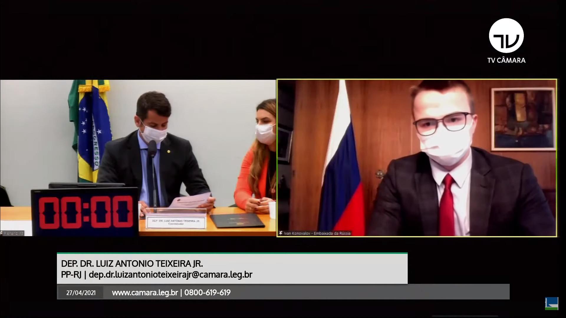 IMAGEM: Russos pedem debate com Anvisa, mas abandonam reunião com fiscais na Câmara