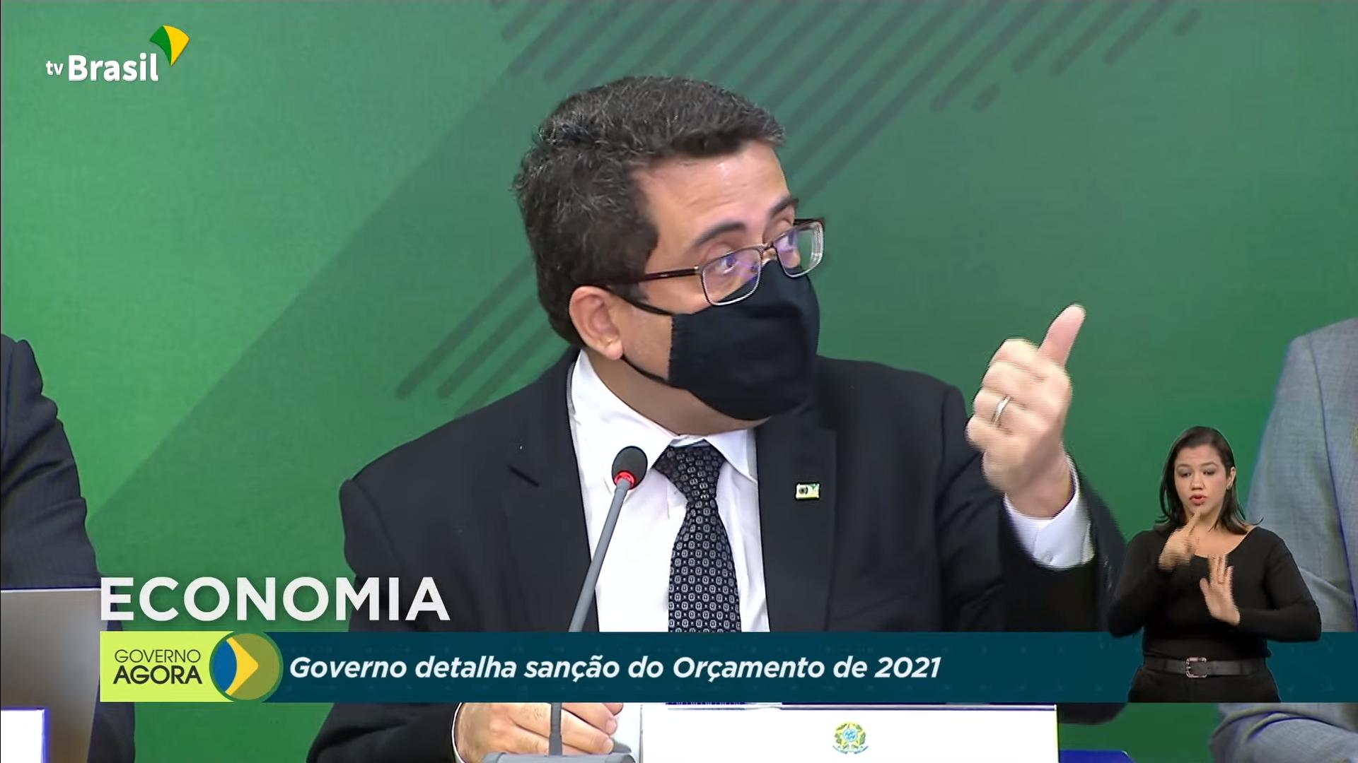 IMAGEM: 'Cortes na Saúde não vão afetar combate à pandemia', diz secretário de relações governamentais