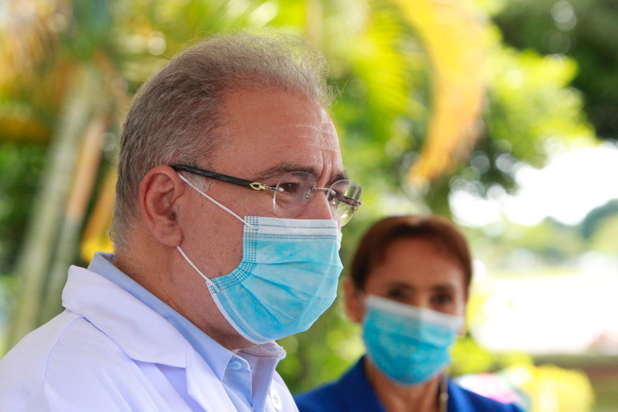 IMAGEM: Saúde se recusa a dar explicações sobre fornecedora de vacina investigada