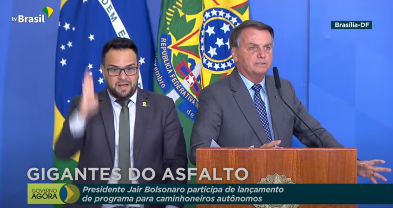 IMAGEM: Bolsonaro diz que ninguém tem saudade do Ministério dos Transportes