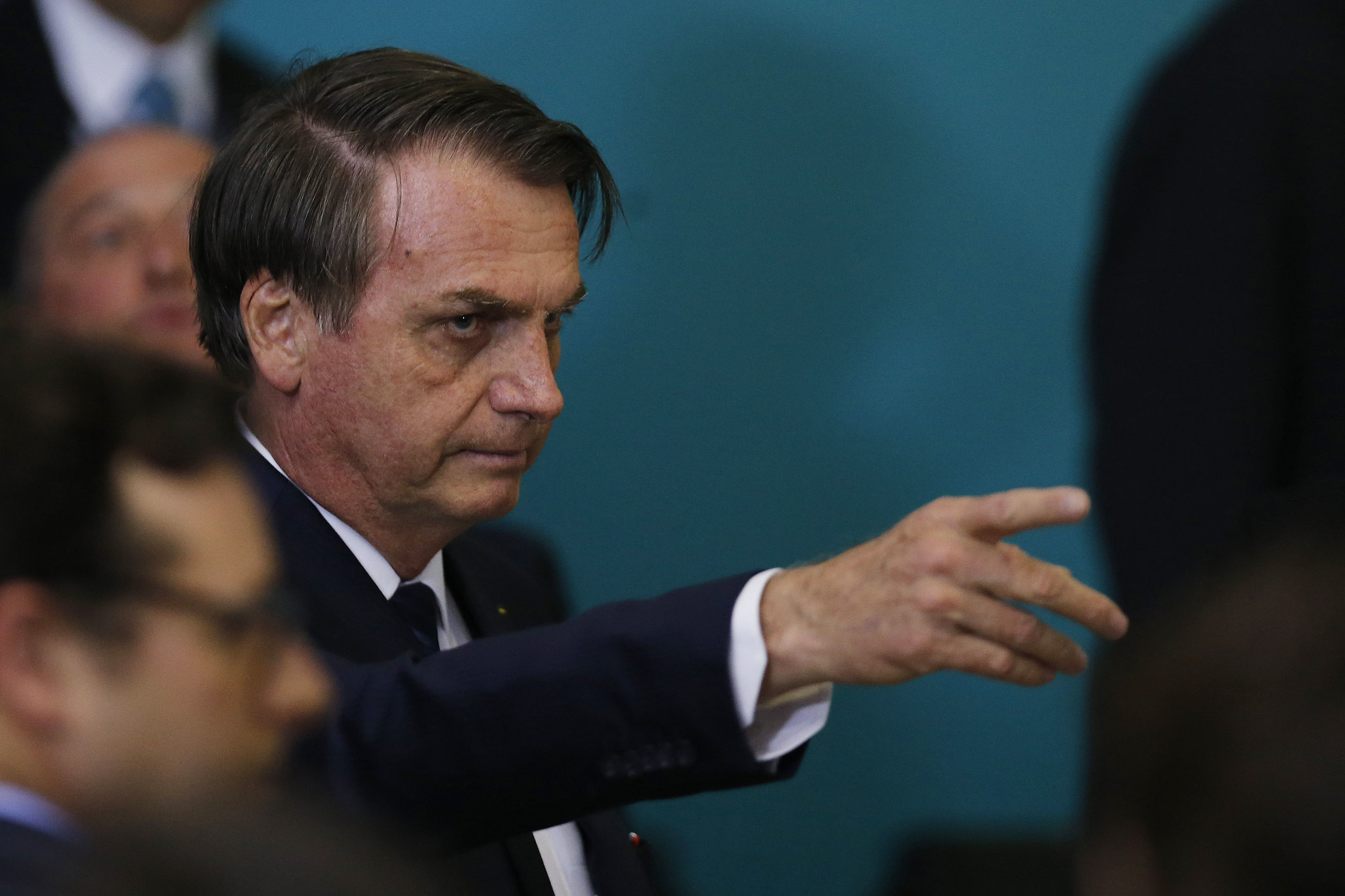 """IMAGEM: """"Ministros do STF"""" dizem que Bolsonaro é um """"tigre de papel"""""""