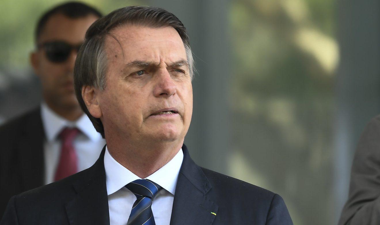IMAGEM: Bolsonaro já defendeu que depoente que pediu para se calar em CPI fosse torturado