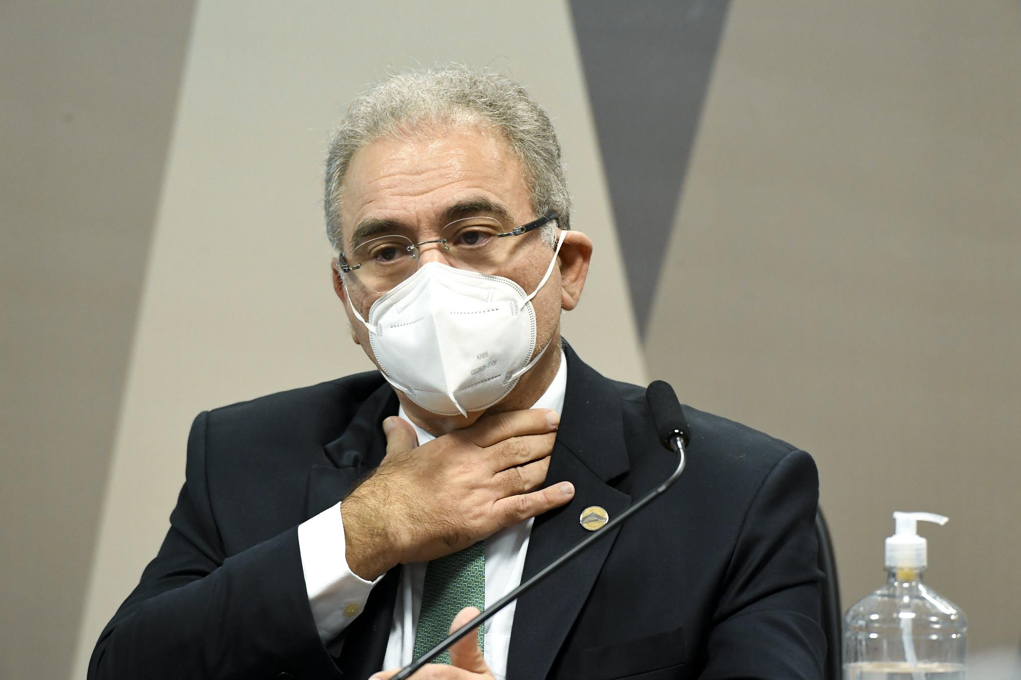 IMAGEM: Queiroga diz ser contra quebra de patentes das vacinas