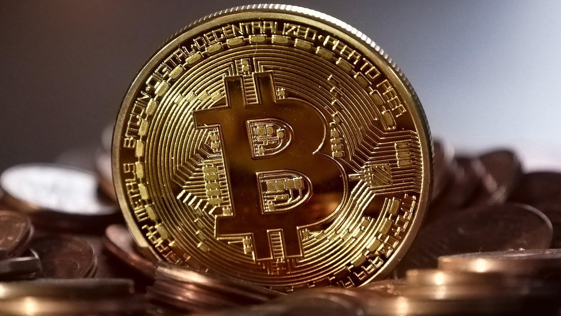 IMAGEM: Após tombo, Bitcoin se recupera e volta a atingir o patamar de US$ 40 mil