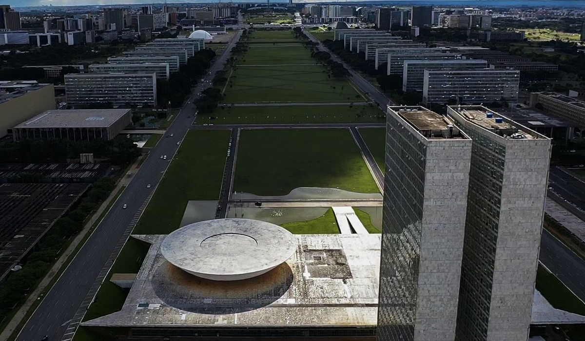 IMAGEM: Embora finjam surpresa, o Bolsolão foi devidamente anunciado (até por bolsonaristas)
