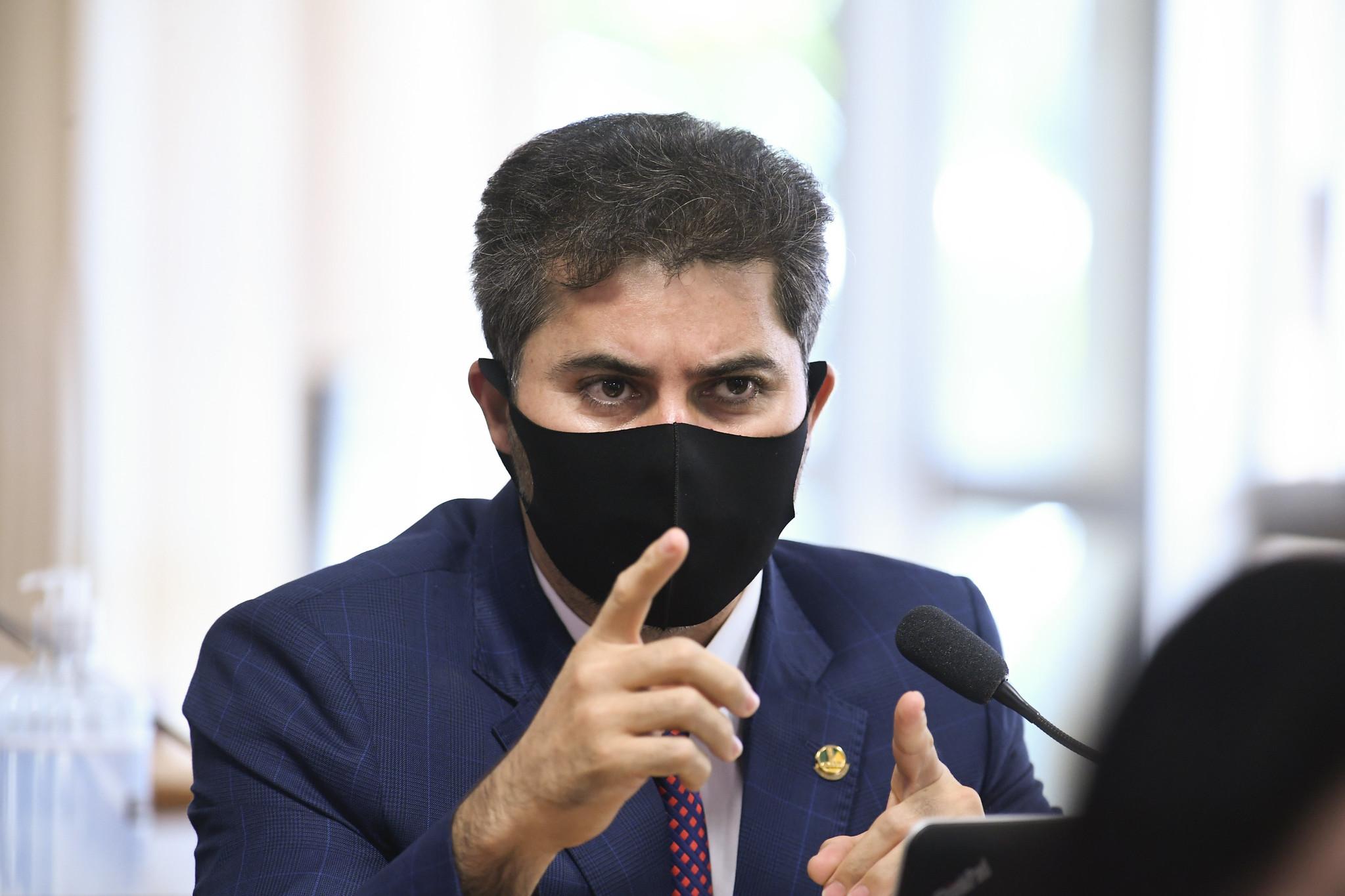 """IMAGEM: """"O próprio Viagra tem efeito colateral"""", diz Marcos Rogério na CPI da Covid"""