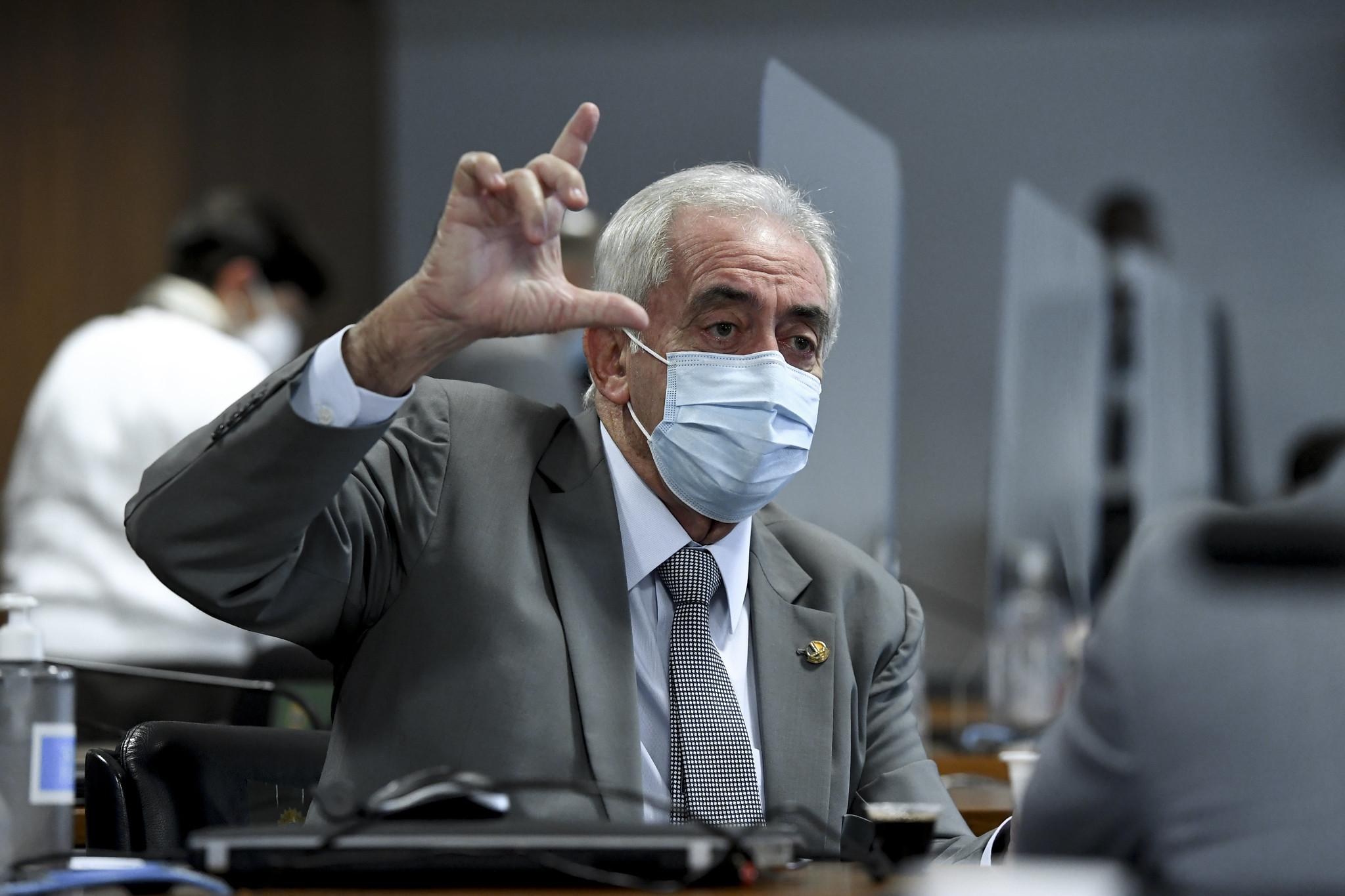 IMAGEM: Otto Alencar critica atuação do governo na pandemia: 'Irresponsabilidade criminosa'
