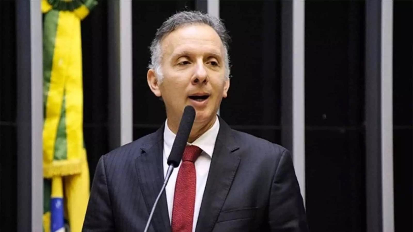 """IMAGEM: """"Reforma do IR é combinação de mediocridade, insensatez e vaidade"""", diz Aguinaldo Ribeiro"""