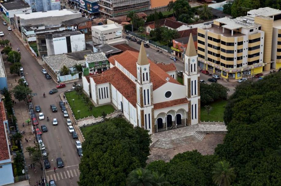 IMAGEM: Bolsolão: cidade goiana recebeu dinheiro do orçamento paralelo e não tem obra