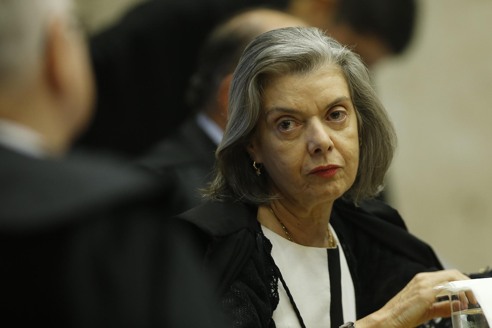 IMAGEM: Cármen Lúcia mantém quebra de sigilo de secretário do Ministério da Saúde
