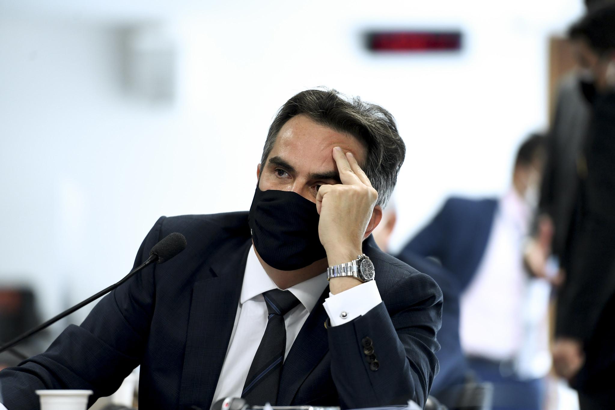 IMAGEM: Documentos levantados por 'devassa' de governistas congestionam CPI da Covid