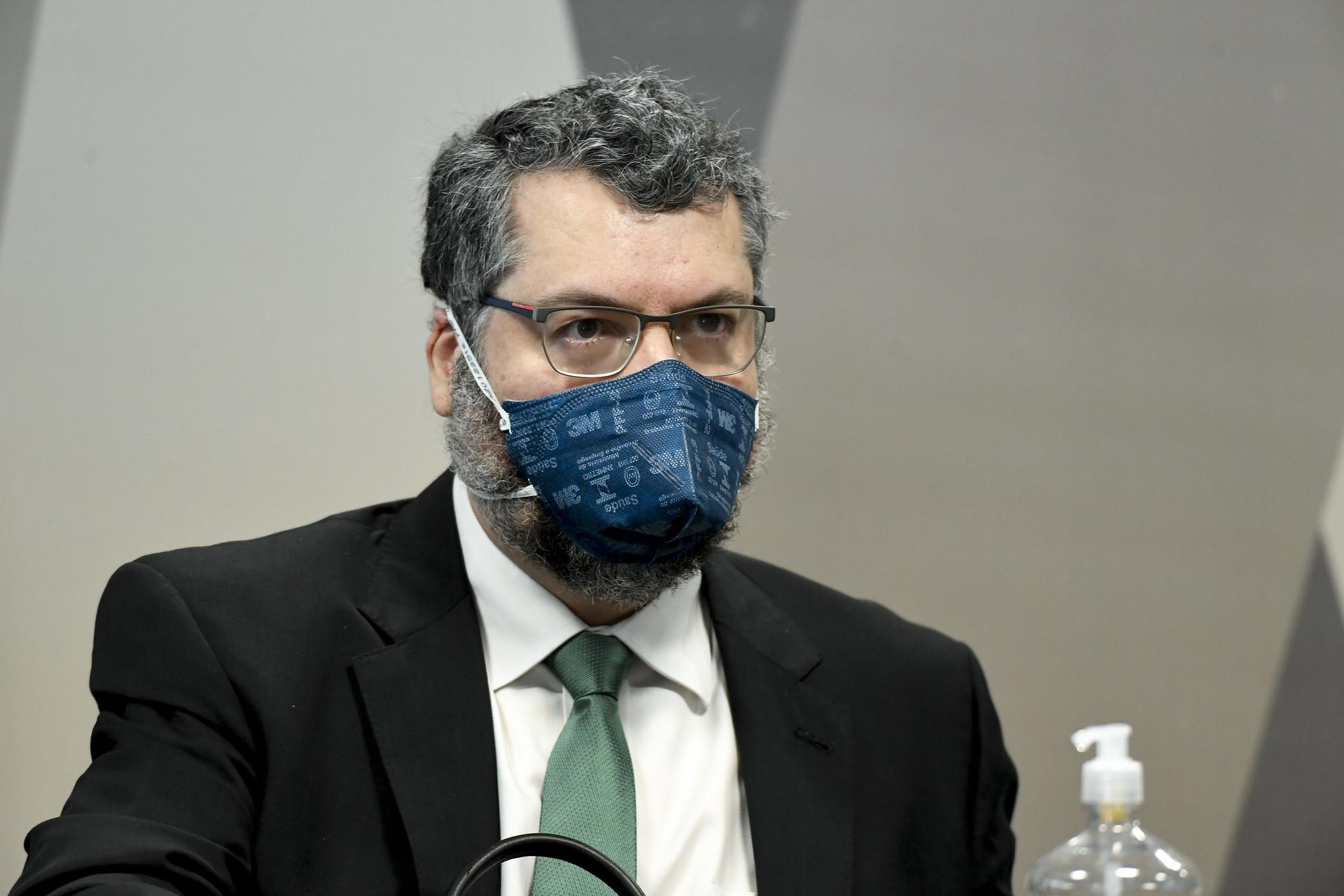 Ernesto pede ao STF para limitar quebra de sigilos ao período da pandemia