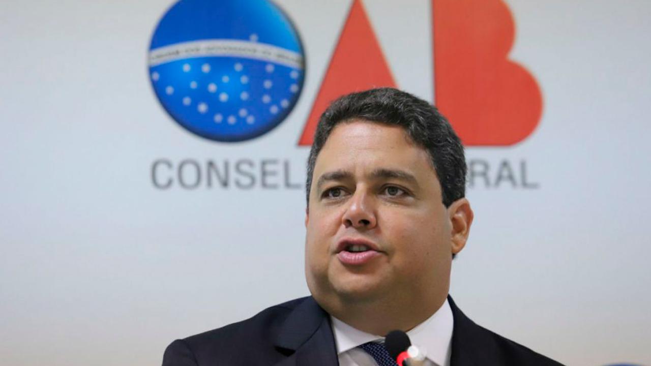 IMAGEM: OAB desmente Ricardo Barros sobre encontro de advogado com Bolsonaro
