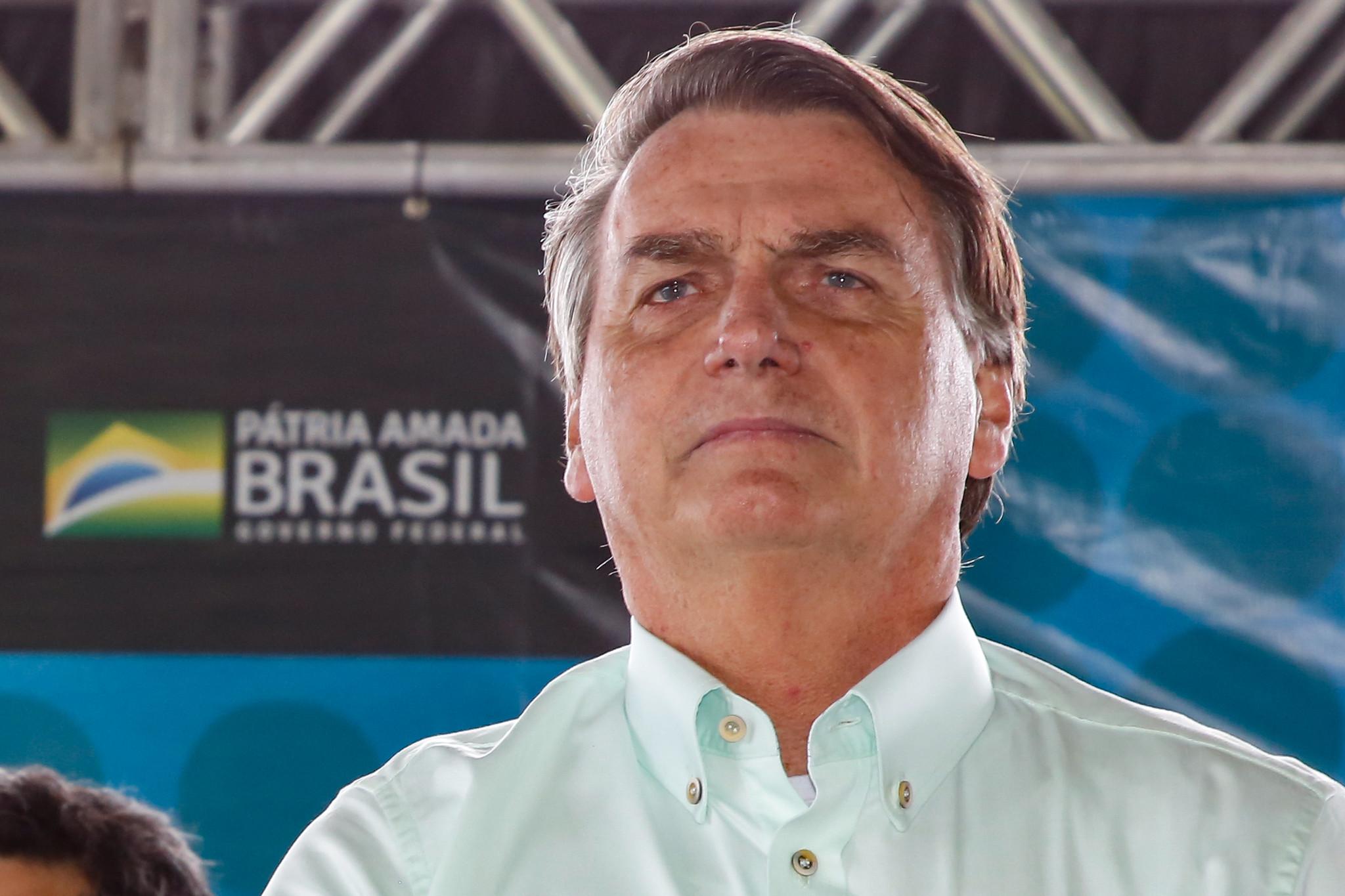"""IMAGEM: Bolsonaro chama Doria de """"ditador"""" e diz que isolamento """"não tem fundamento científico"""""""