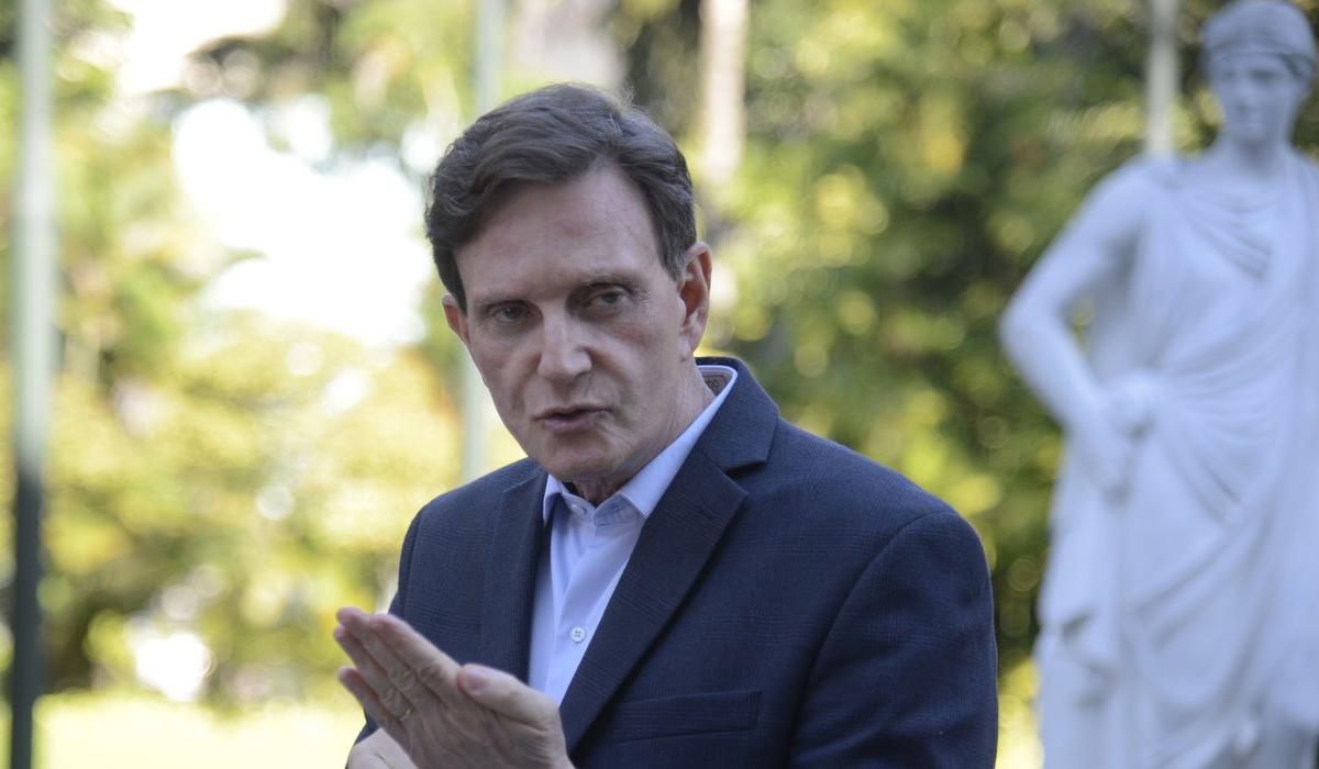 IMAGEM: Gilmar libera saída de Marcelo Crivella do país