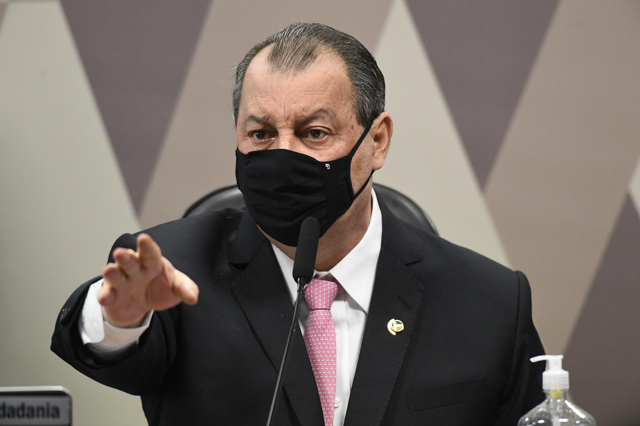 IMAGEM: 'Se Pazuello mentir de novo, sairá algemado', diz presidente da CPI