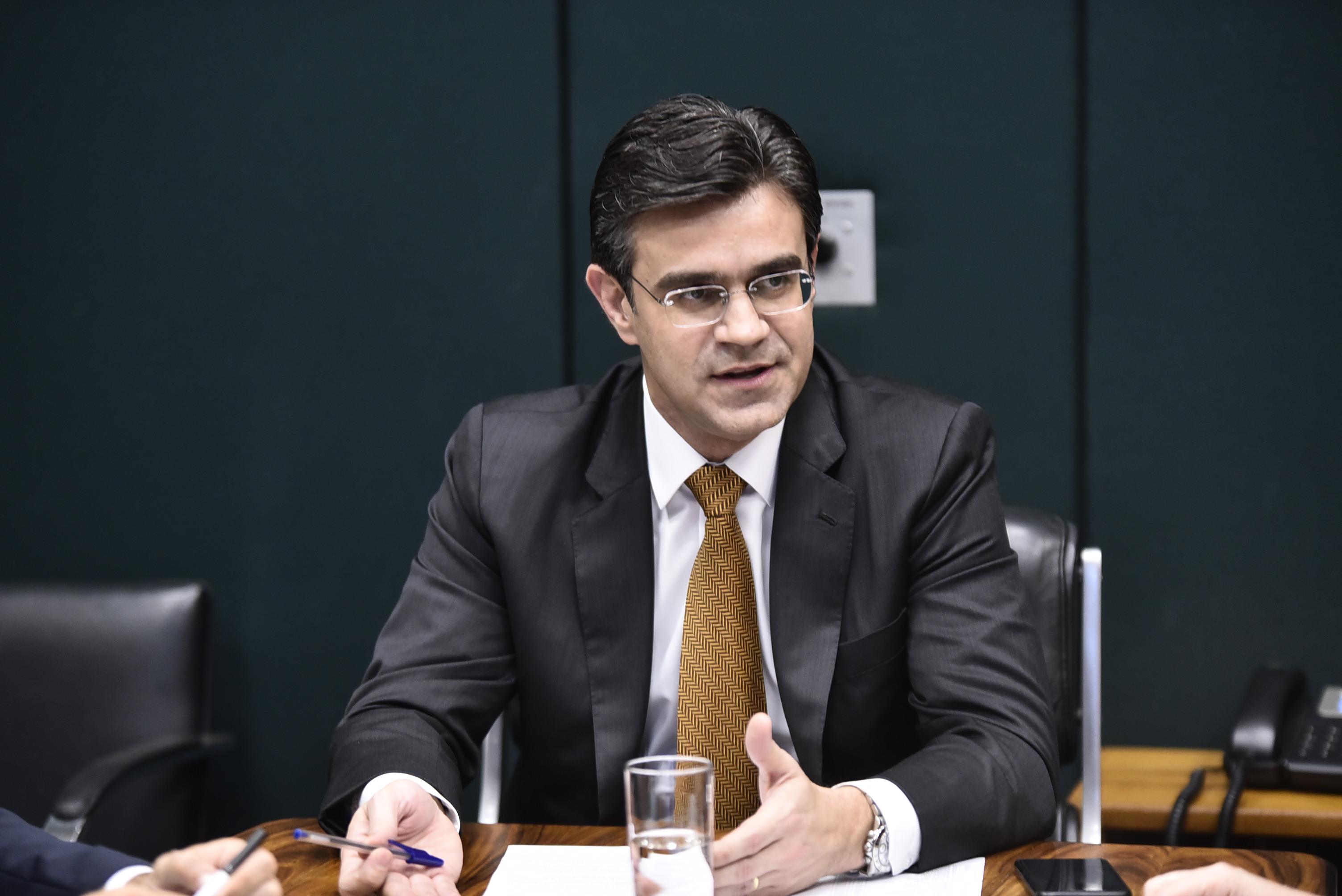 IMAGEM: Recém-filiado ao PSDB, Rodrigo Garcia anuncia pré-candidatura ao governo de SP