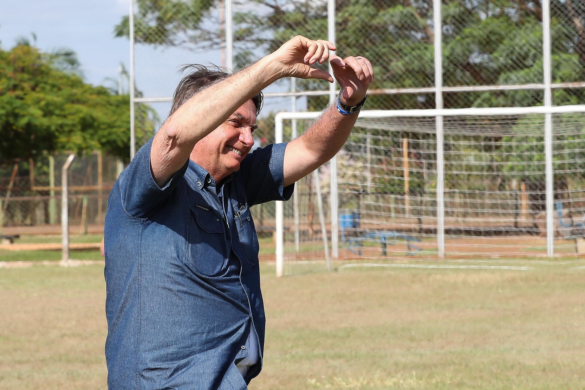 IMAGEM: Bolsonaro perde seguidores