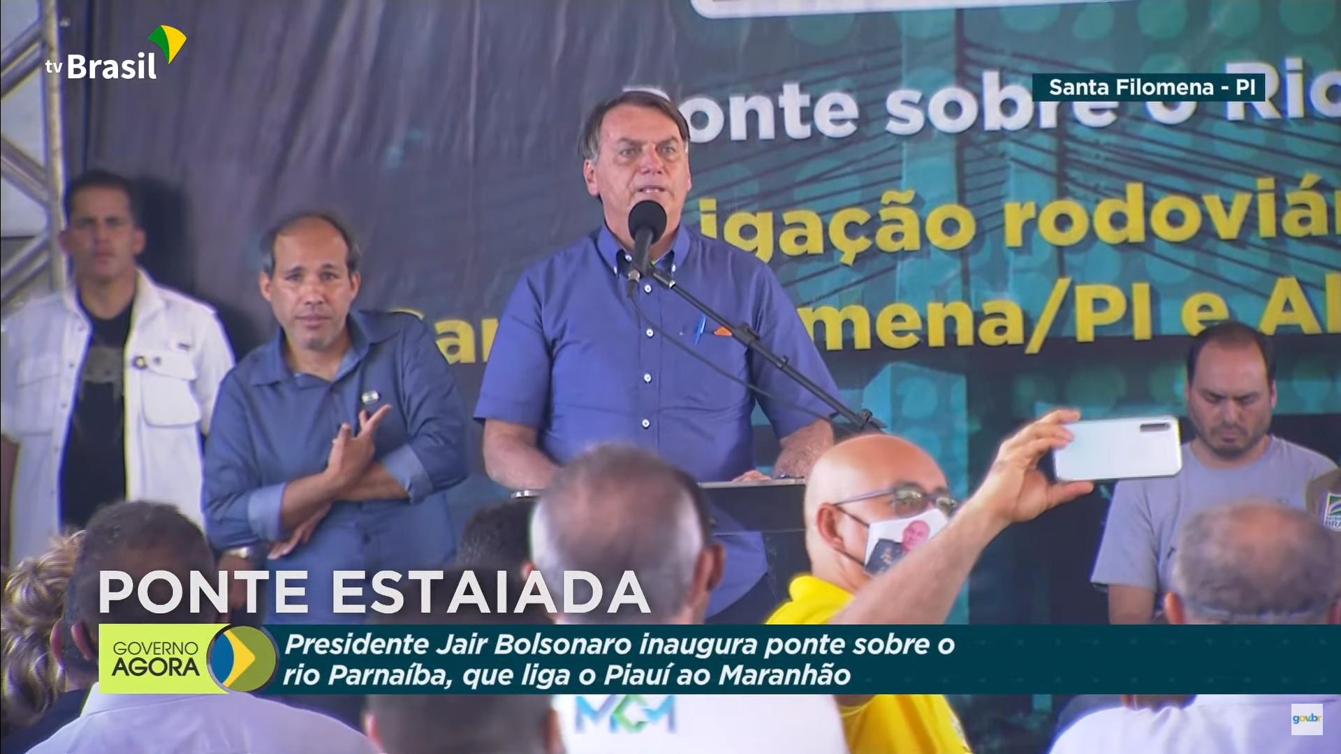 IMAGEM: Turma do agro é barrada e Bolsonaro se rodeia de políticos no Piauí