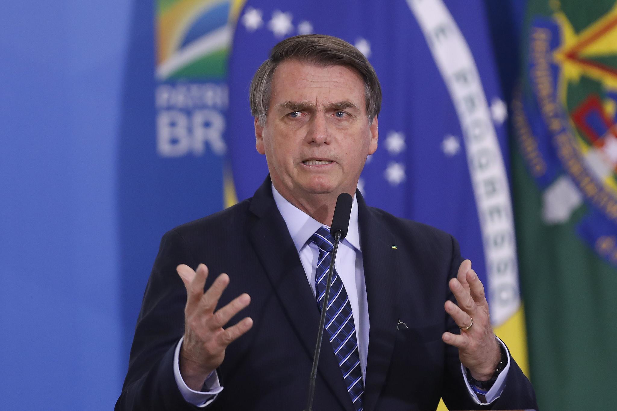 """IMAGEM: """"Tem estado em que é um estupro o ICMS"""", diz Bolsonaro"""