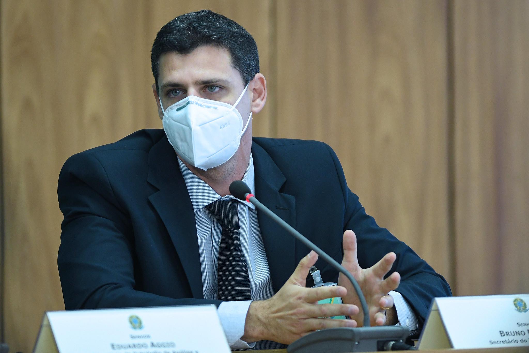 IMAGEM: Reforma do IR tira R$ 20 bilhões da União, diz secretário do Tesouro