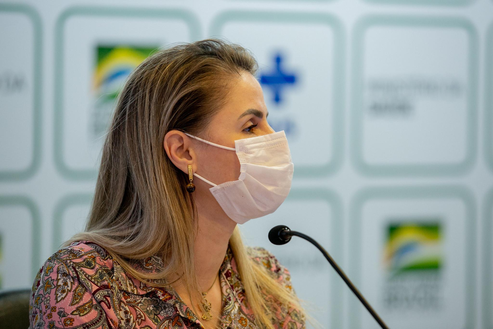 IMAGEM: CPI aprova acareação entre Luana Araújo e coordenadora de Plano de Imunizações