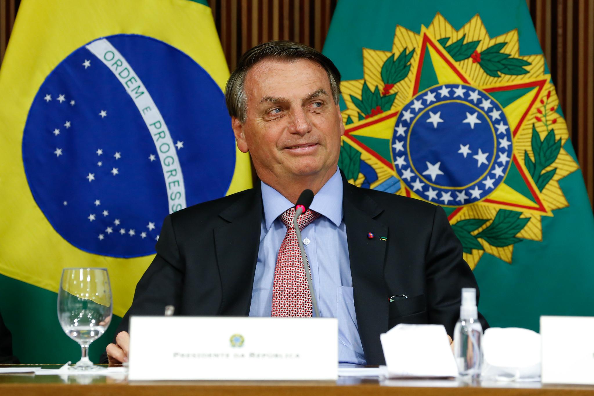 IMAGEM: 'Essa nova Lei de Improbidade administrativa vai ajudar bastante', diz Bolsonaro