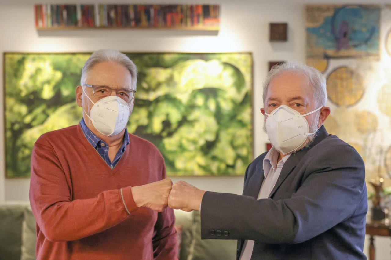 IMAGEM: Em nota conjunta, Lula e FHC defendem Fernández contra demanda de Guedes