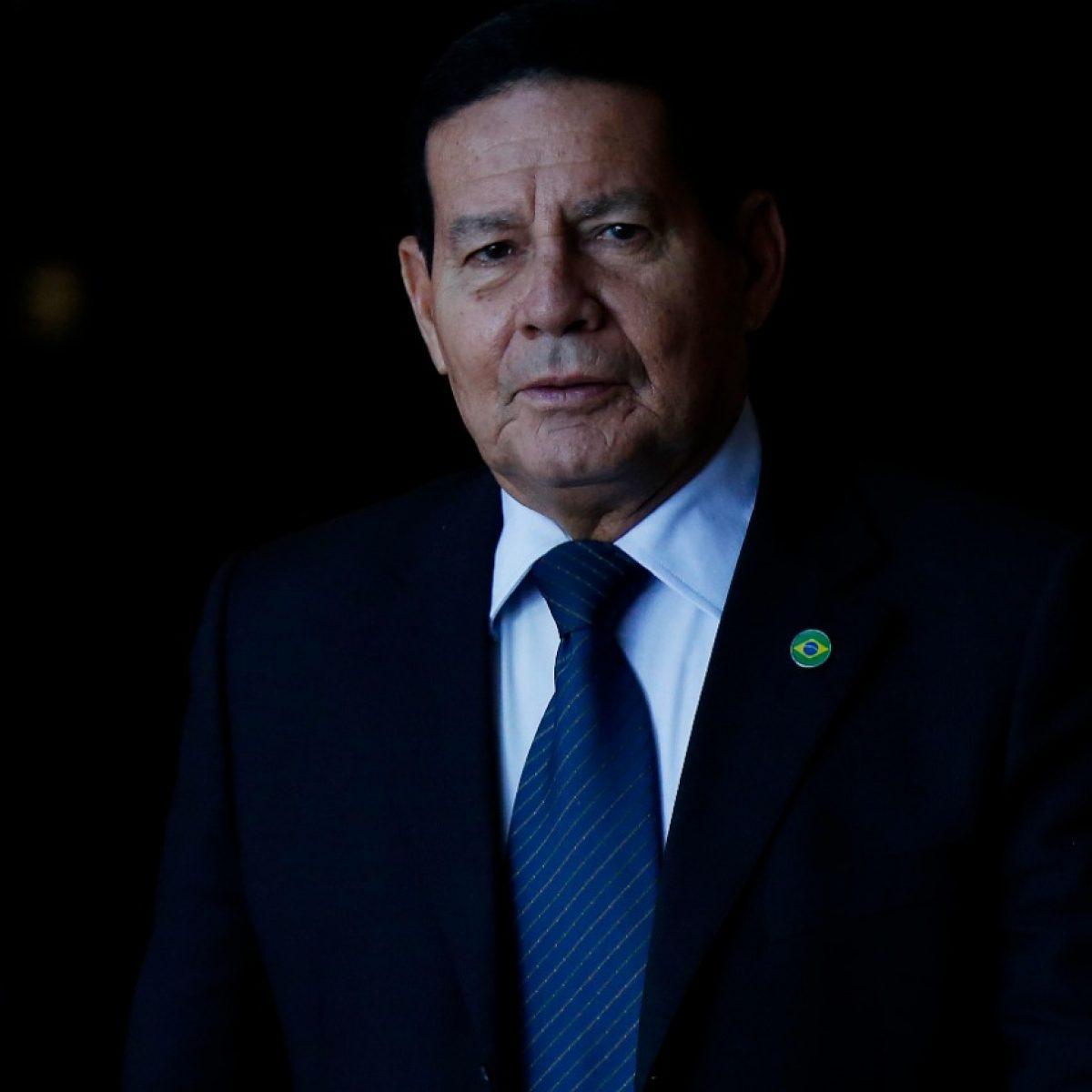 IMAGEM: 'Regra é para evitar anarquia nas Forças Armadas', diz Mourão, sobre punição a Pazuello