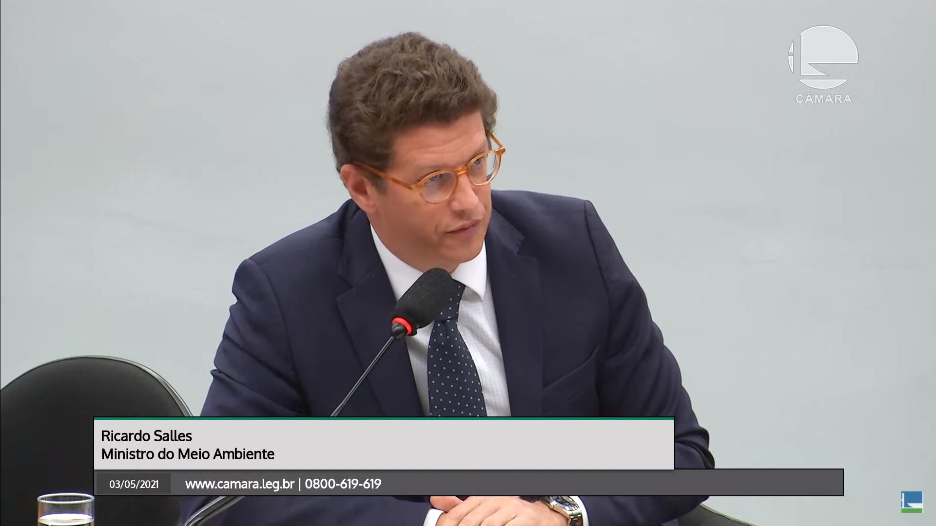 "IMAGEM: Salles diz que 'Venezuela' interrompeu Fundo Amazônia e se corrige: ""Noruega"""