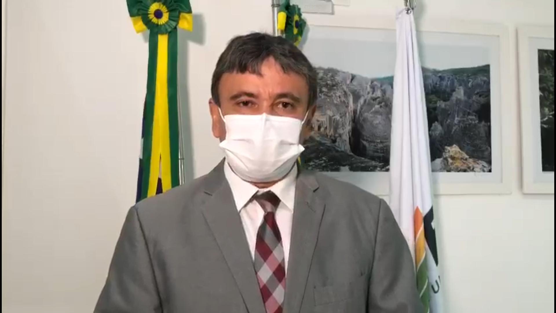IMAGEM: Após fala de Bolsonaro, governadores vão às redes defender uso de máscara