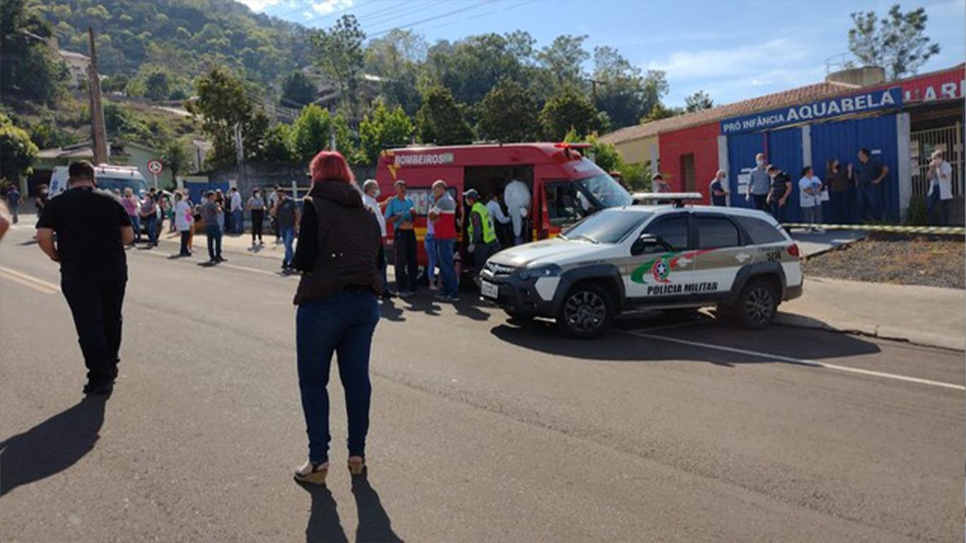 IMAGEM: Polícia encontra armas na casa de autor do atentado em escola infantil de SC
