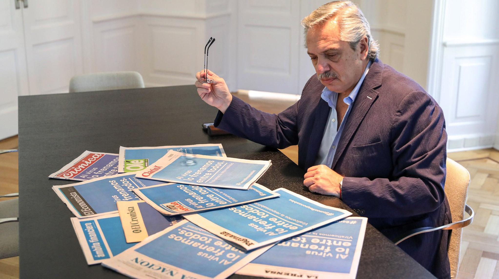 IMAGEM: Presidente da Argentina pede desculpas por declaração racista