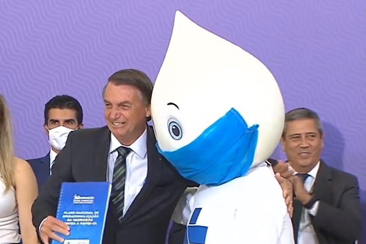 IMAGEM: A vacina dos bolsonaristas é Bolsonaro