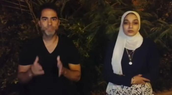 IMAGEM: Vendedora egípcia diz aceitar desculpas de médico bolsonarista