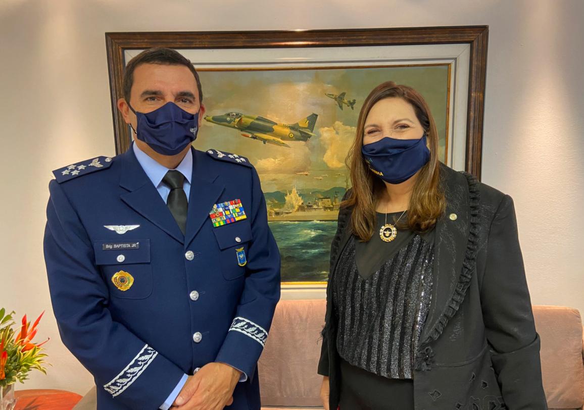 IMAGEM: O elogio do comandante da Aeronáutica a Bia Kicis
