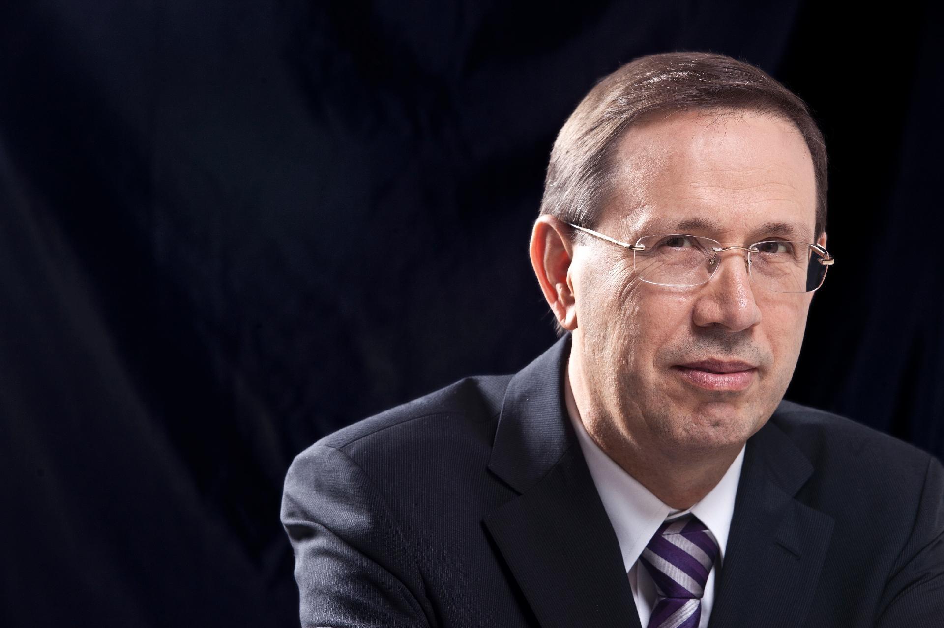 IMAGEM: Barroso mantém condução coercitiva de Wizard