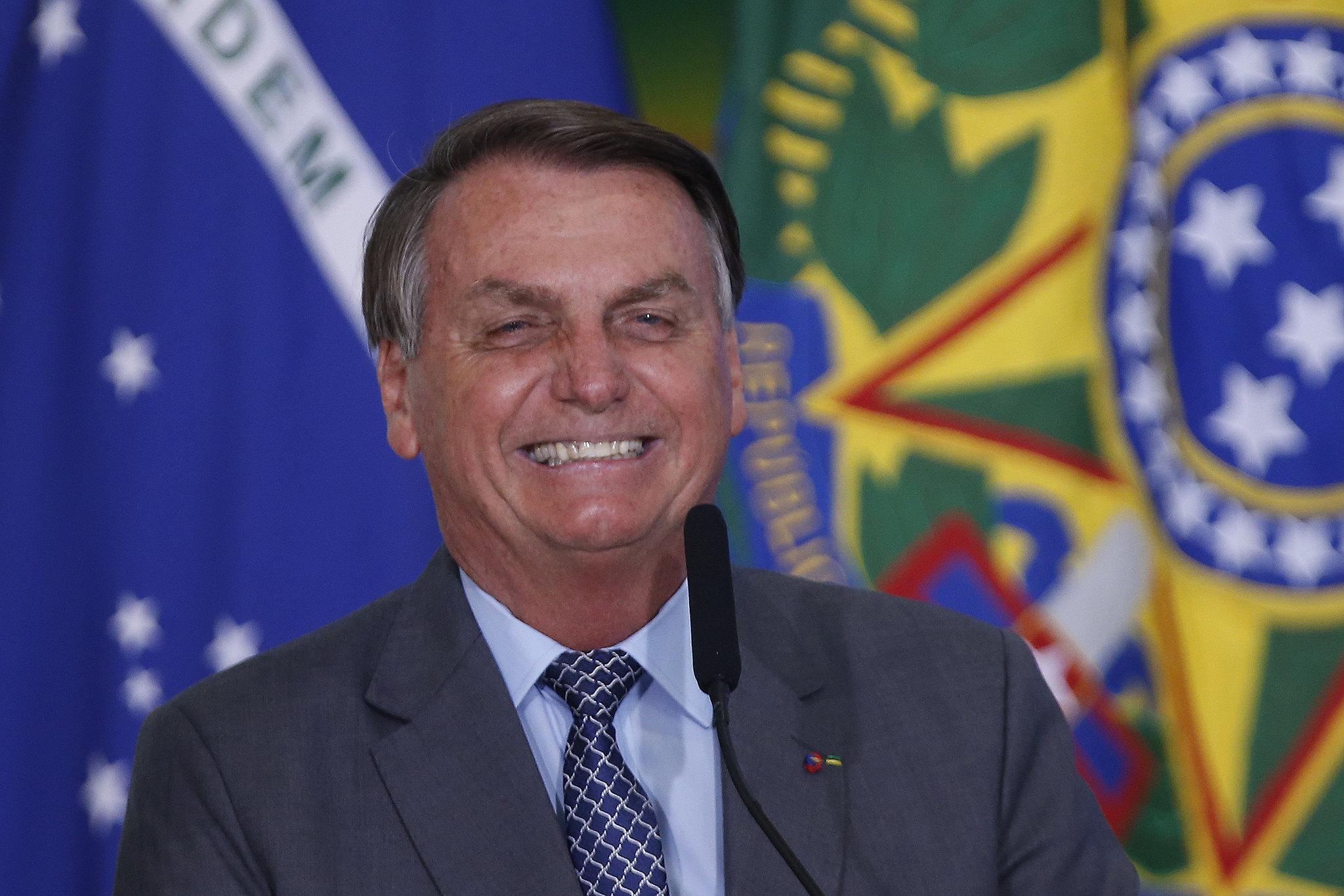 IMAGEM: Empresário custeou propaganda eleitoral de Bolsonaro sem declarar à Justiça, mostra PF