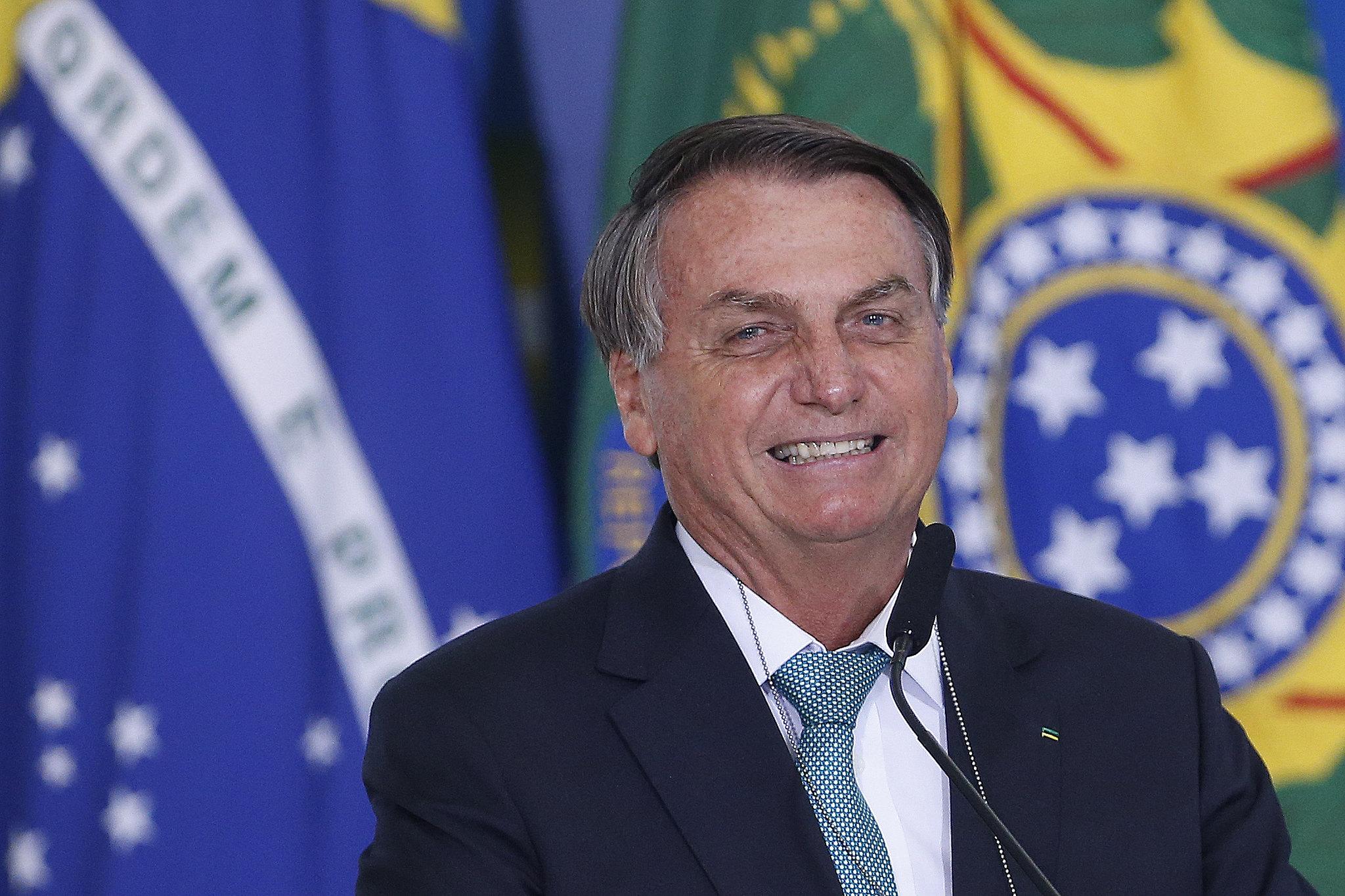 IMAGEM: Bolsonaro diz que se sentia como Elvis Presley ou Michael Jackson em campanha eleitoral