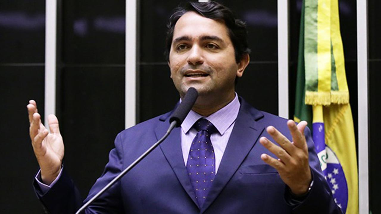 IMAGEM: MP do Maranhão denuncia deputado Júnior Lourenço por desvios em prefeitura