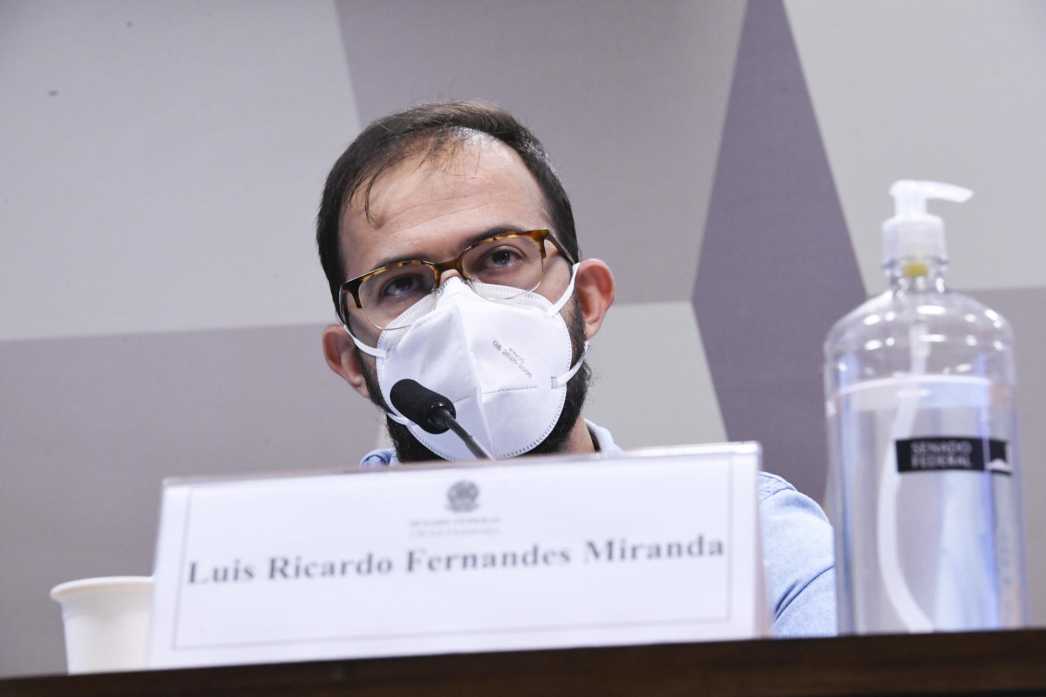 """IMAGEM: Em mensagens, irmão de Miranda descreve """"pressão louca"""" sobre Covaxin"""