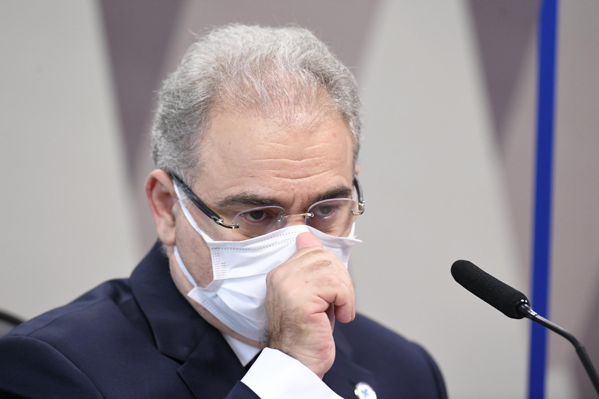 Queiroga diz que não vai retirar protocolo da cloroquina do site da Saúde