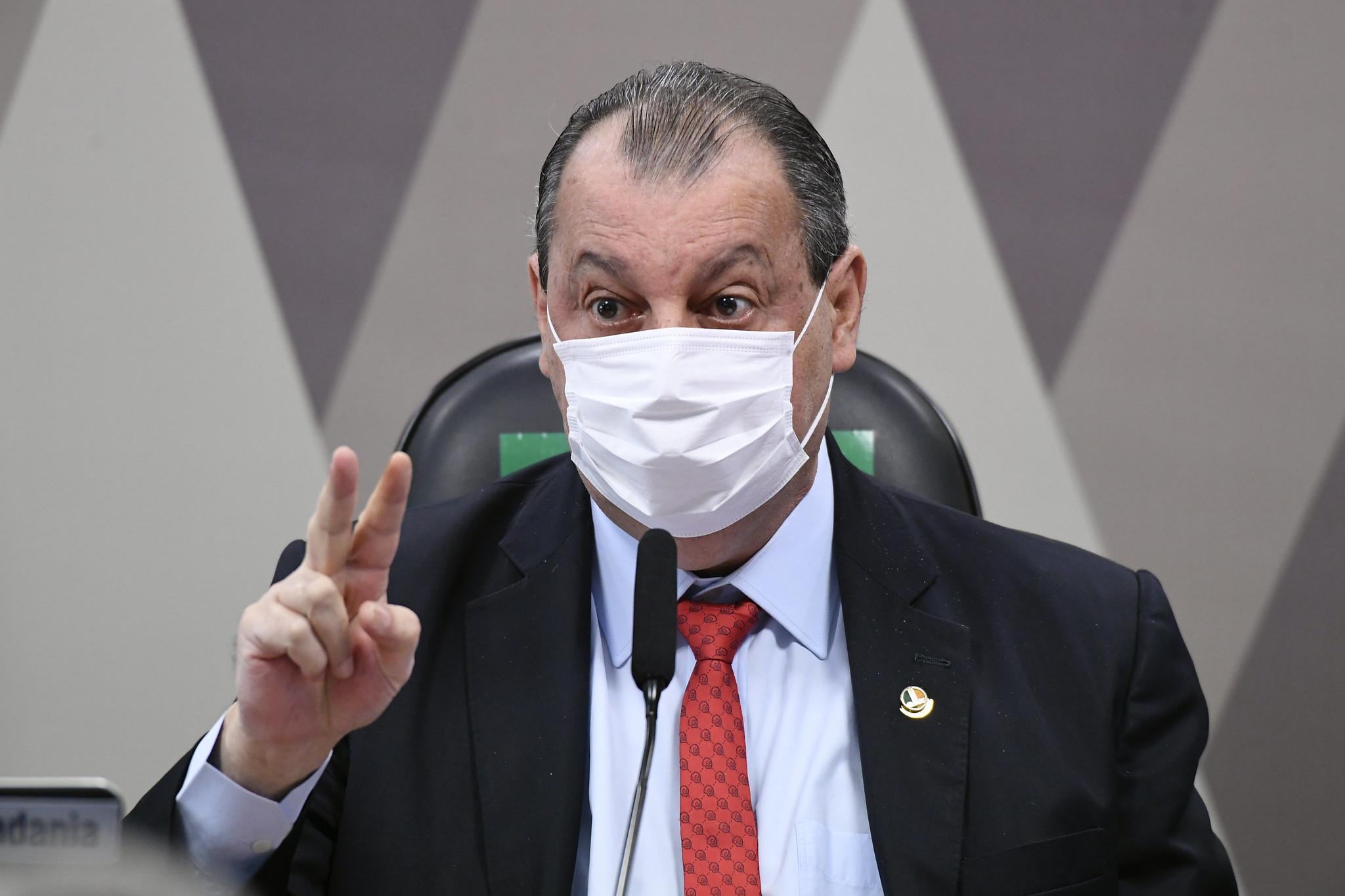 """IMAGEM: """"Até hoje Bolsonaro não desmentiu o Luis Miranda"""""""