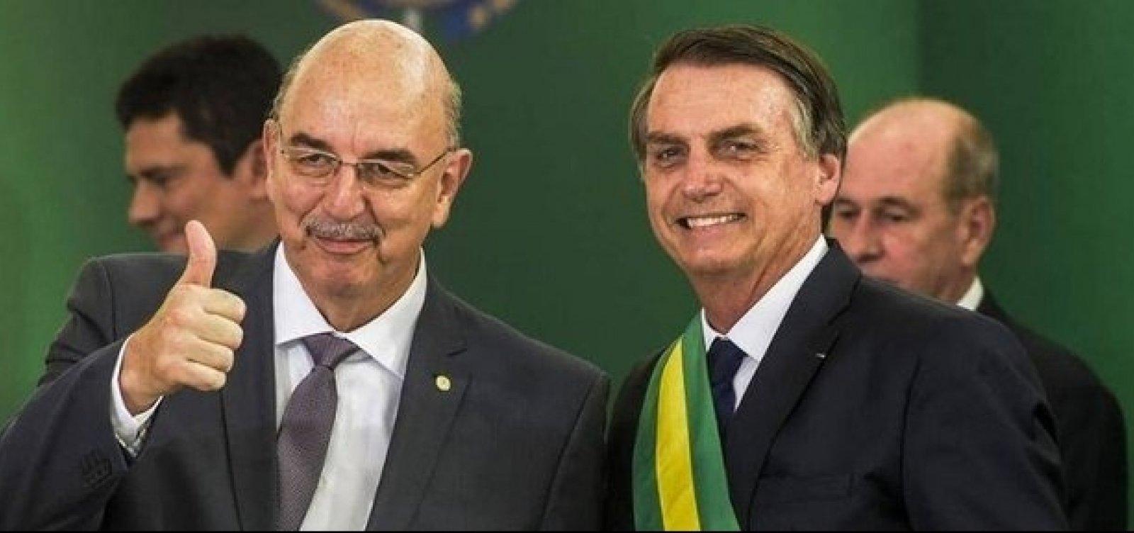 IMAGEM: Osmar Terra gagueja ao responder o que faria no lugar de Bolsonaro