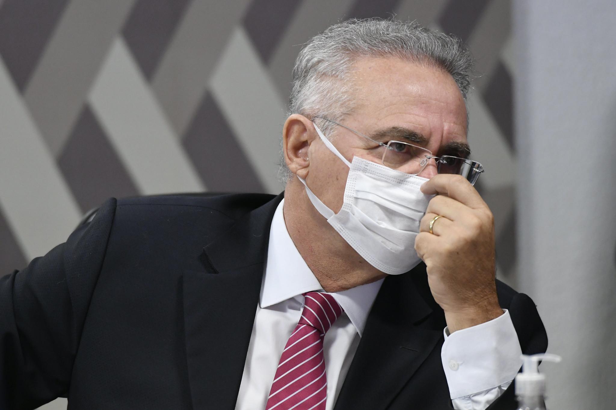 IMAGEM: Renan quer acesso em tempo real a sindicância sobre 'aloprado de Bolsonaro'