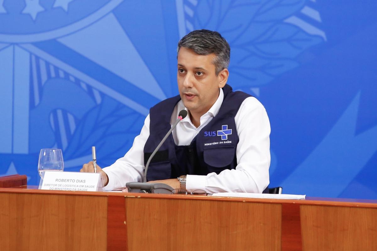 IMAGEM: Ex-diretor da Saúde acusado de pedir propina é aconselhado a não atacar governo