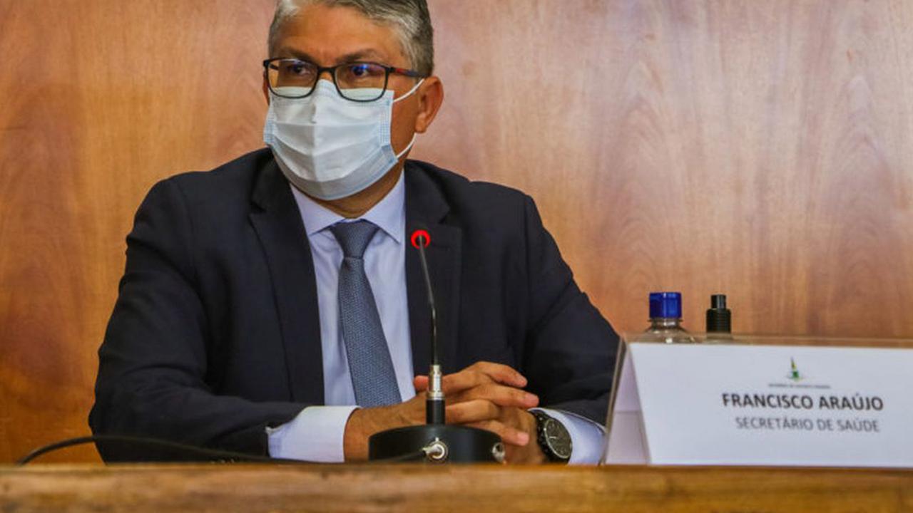 IMAGEM: Ex-secretário do DF está no Senado pronto para depor