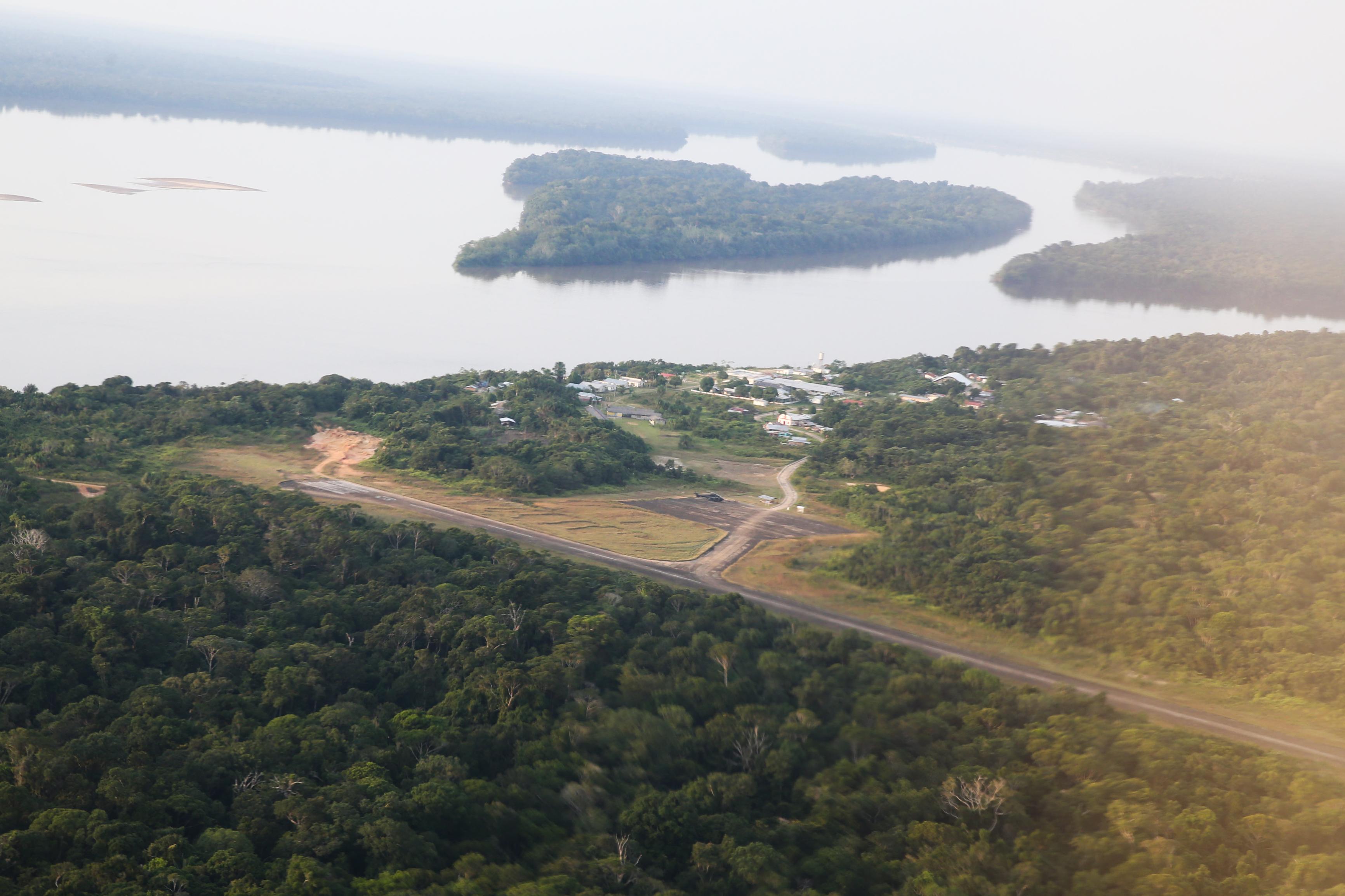 IMAGEM: BNDES e governo firmam acordo para concessão de 5 florestas no Amazonas