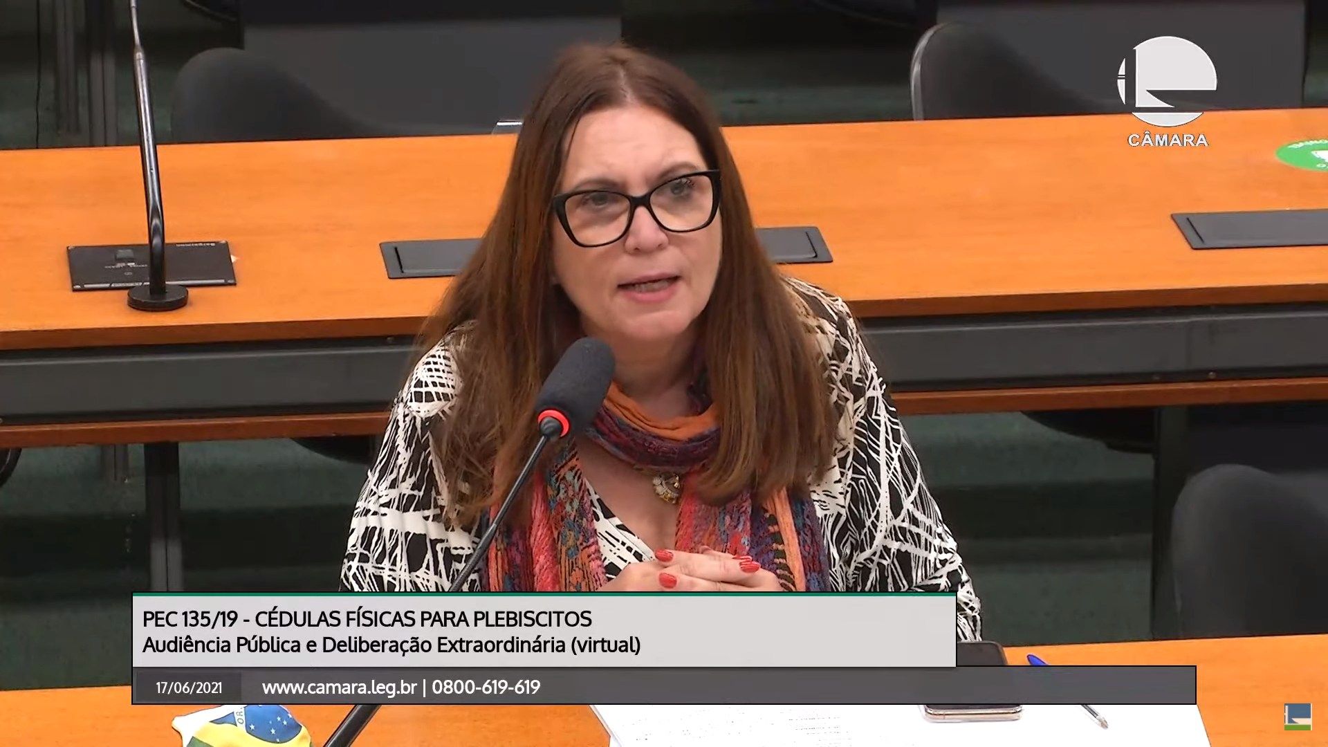 """IMAGEM: Bia Kicis diz que recontagem dos votos """"traz paz social"""""""