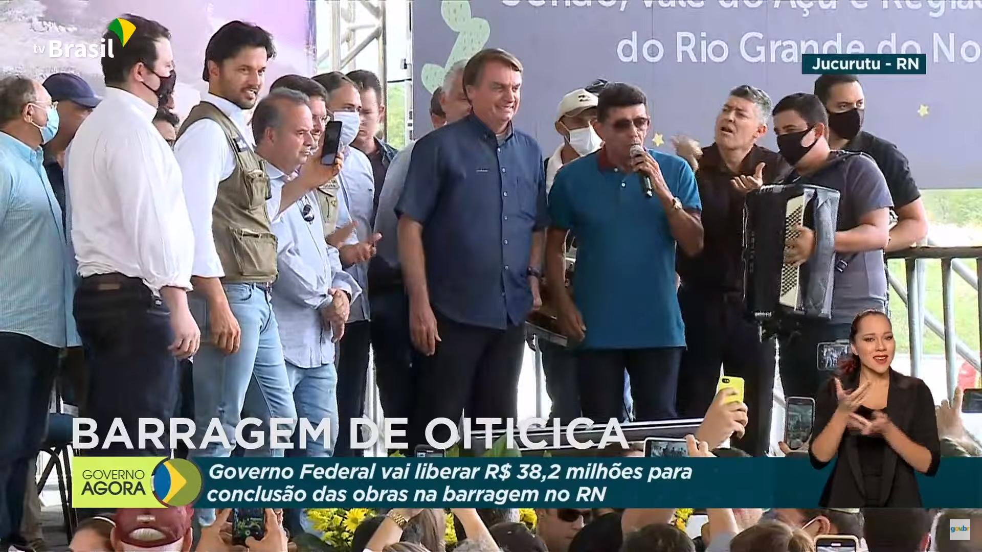 IMAGEM: TV Brasil transmite ao vivo mais uma canção eleitoreira pró-Bolsonaro